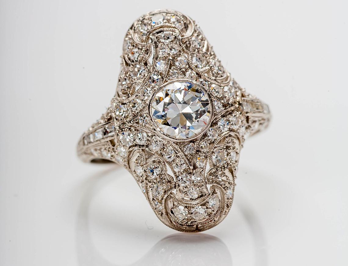 Pierścionek zaręczynowy w stylu art déco