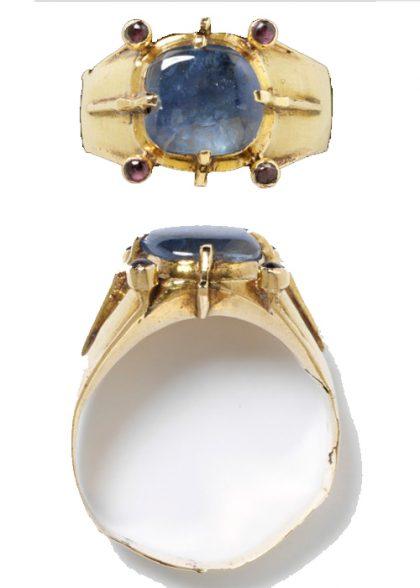 Średniowieczny pierścionek zaręczynowy z szafirem